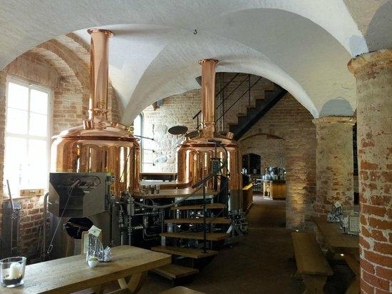 Wasserschloss Mellenthin: brewery/restaurant
