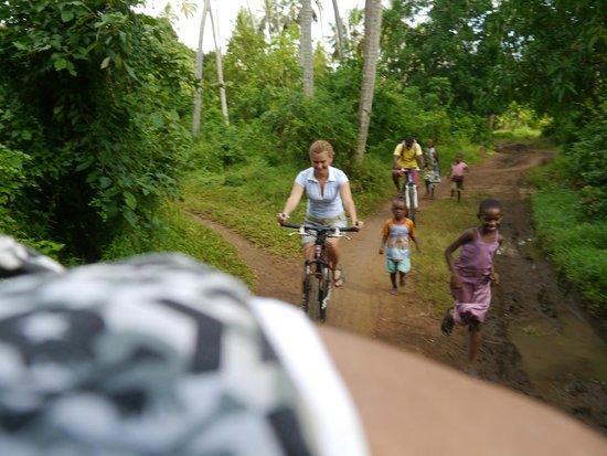 Diani Bikes: истинная кения познается в личном контакте