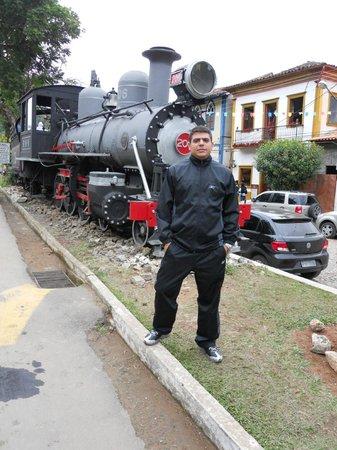 Eu em frente da locomotiva