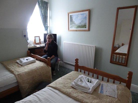 blick in ein zimmer - picture of wyvern hotel, bournemouth, Wohnideen design