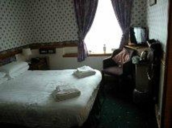 The Derwentwater Hotel: Cosy room at the top of the house