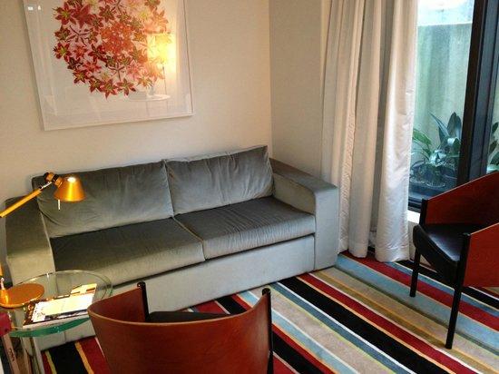 Hotel DeBrett: Lounge area