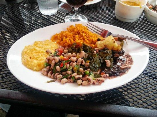 Brasa Rotisserie: My plate - Beautiful