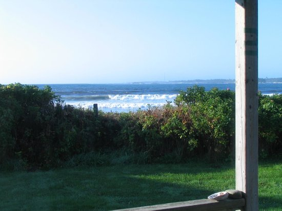 Ocean Mist Cottages: View from cottage balcony... nice fire pit for great evenings