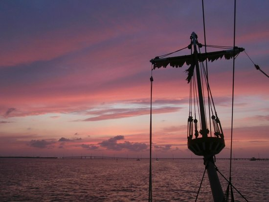 Black Dragon Cruises: sunset off the bow Matey!!