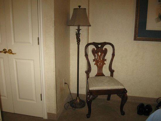 Church Street Inn: Sitting chair in room