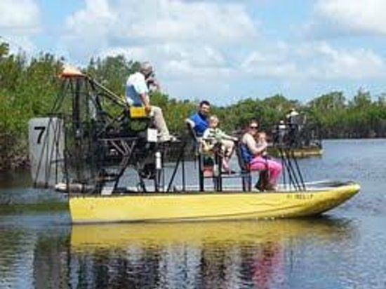 Speedy's Airboat Tours : Part of our group  on the airboat