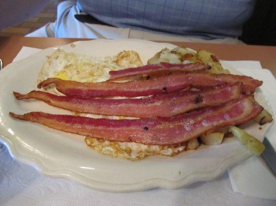 Byram Diner: Beacon, Beacon, Beacon