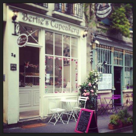 Bertie's CupCakery Storefront