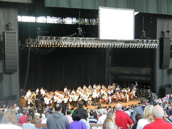 Shoreline Amphitheatre: Day view of stage