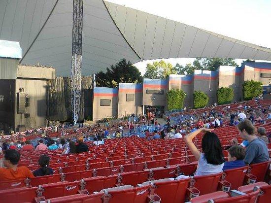 Shoreline Amphitheatre: before the crowd arrives