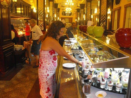 Hotel Riu Palace Riviera Maya: Excelente para engordar
