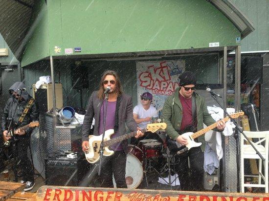 River Inn Resort : The Saturday Band.