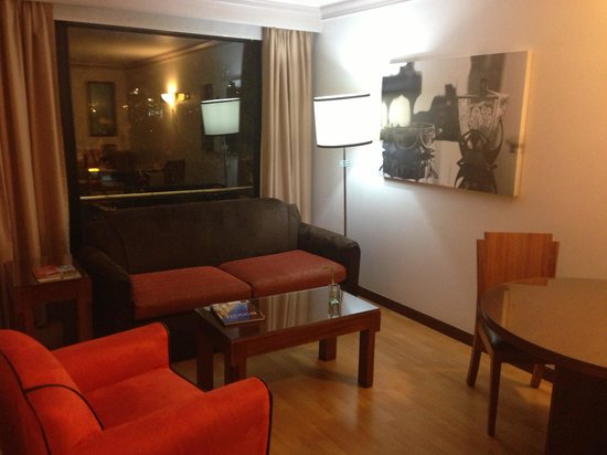 Lancaster House: Living area