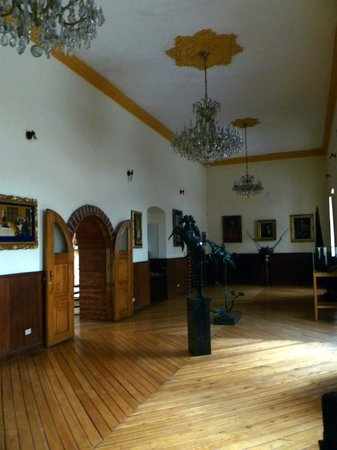 Museo Manuela Saenz : Room along the front of the building, amazing details!
