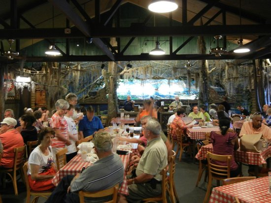 Prejean's : main dining room, Cajun band
