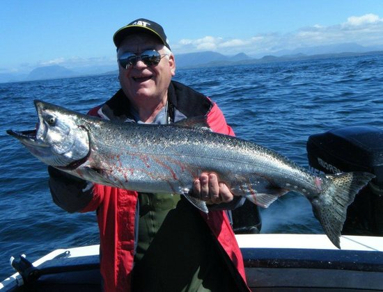 Tofino Ospray Lodge: Bob's First Chinook On Day 2