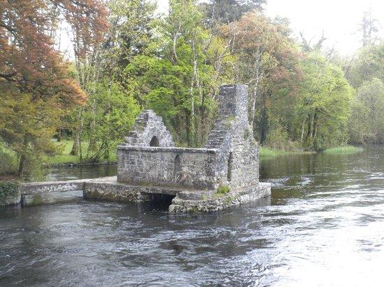 Royal Abbey of Cong: Monk's Fishing Hut