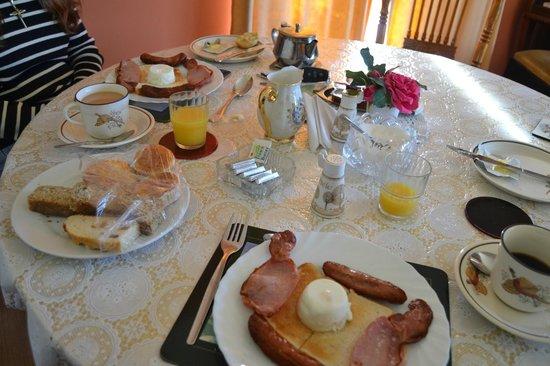 "Kylie Farmhouse: Breakfast w / ""Kuku Bird"" Cups & Coasters"