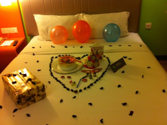 Ibis Styles KL Cheras: The bed with birthday deco