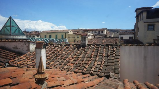 Le Tre Stanze: Mansarda: view over rooftops