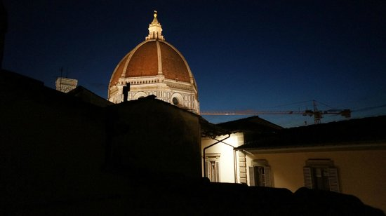Le Tre Stanze: Mansarda: view of the Duomo at night
