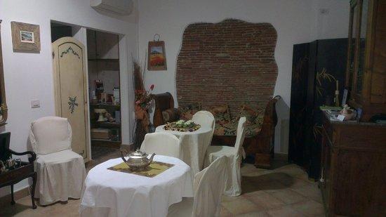 La Dolce Vita: Breakfast room