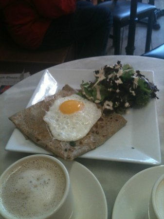Patisserie Didier Dumas: savory spinach and egg crepe