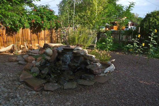 3 Dogs & A Moose : Beautiful and relaxing water features in the gardens