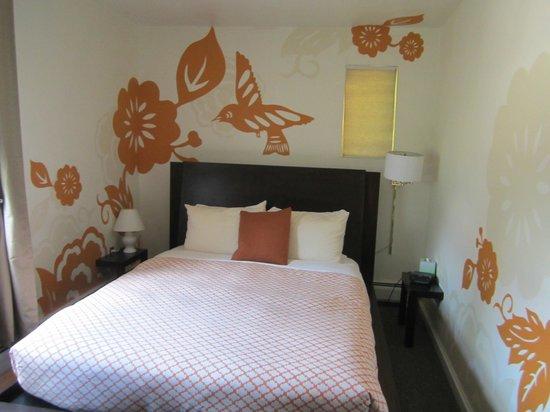 Queen Anne Bed & Breakfast: The Garden Room