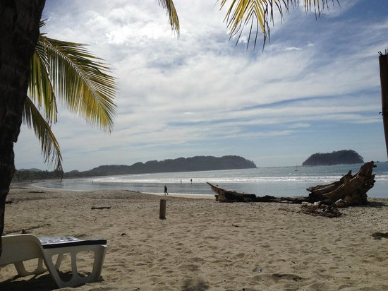 Hotel Las Brisas del Pacifico: Beach view from the hotel side