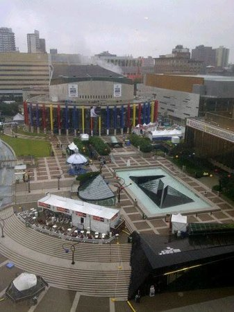 Hyatt Regency Montreal: View from room 408 - before the events began