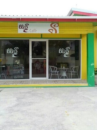 Dover, Barbados: Best spot for breakfast in the gap ,not only is the staff friendly the price is reasonable to