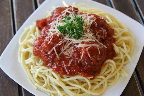 Toscana Deli: Spagetti and Meatballs