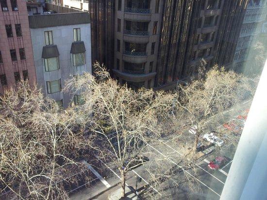 Citiclub Hotel: View of Queen street from top floor room