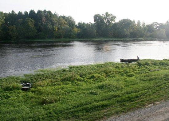 Domaine du Heron: River