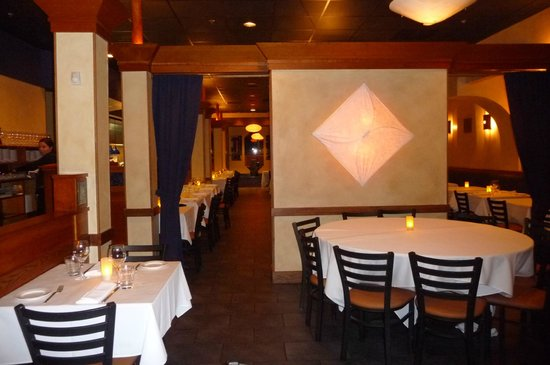 The Blue Ginger dining room