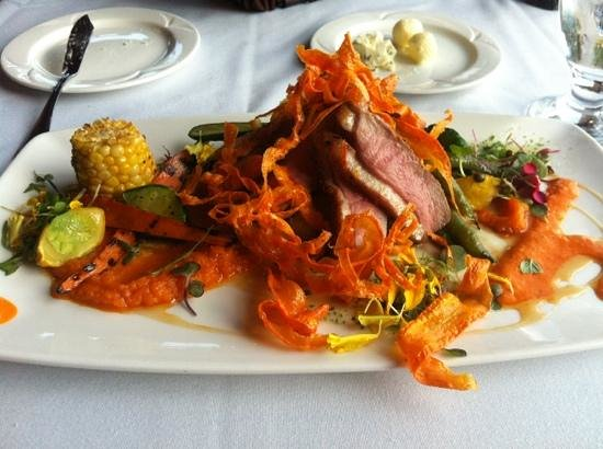 The Pines Restaurant: Brome Lake duck