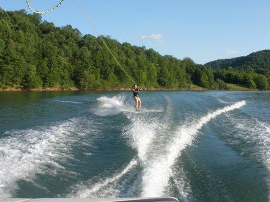 Virgínia Ocidental: Skiing Stonewall Jackson Lake