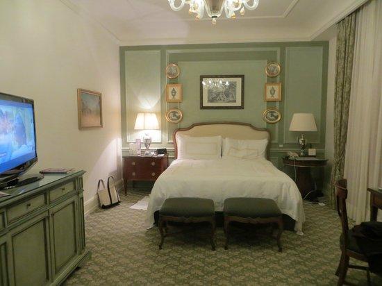 Four Seasons Hotel Firenze: Room 211