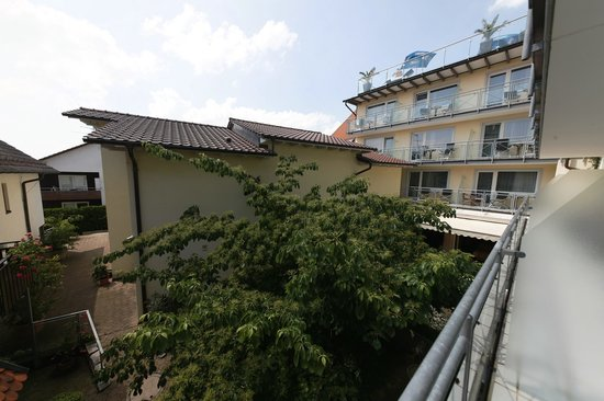 Gierer Hotel-Restaurant: Innenhof