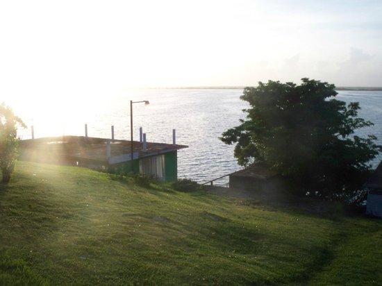 Vista desde las habitaciones hacia la laguna picture of for Villas wayak bacalar