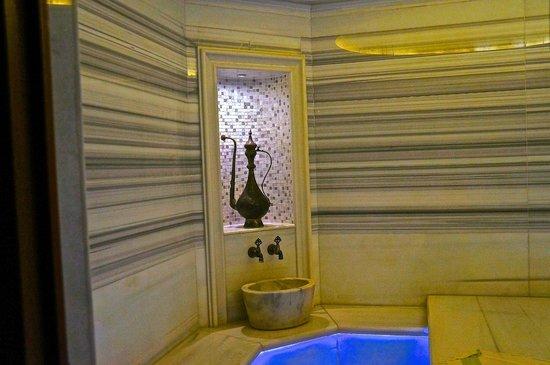 Pera Palace Hotel: Хаммам.