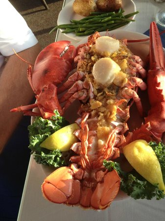 Mattakeese Wharf : Stuffed Lobster