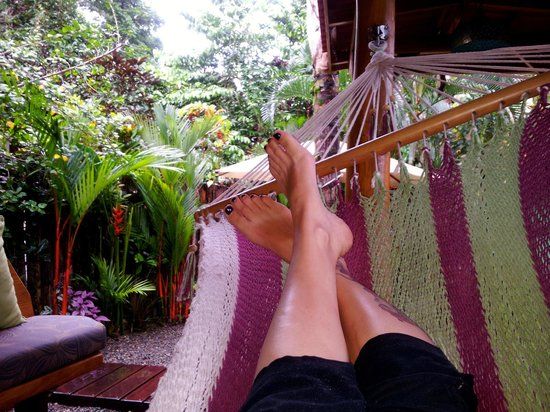 Physis Caribbean Bed & Breakfast: lazing in the garden