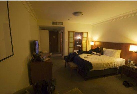 Majestic Roof Garden Hotel: Deluxe King Room