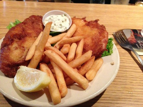 O'Hara's Restaurant and Pub : Fish and chips, if you get by on a Friday!
