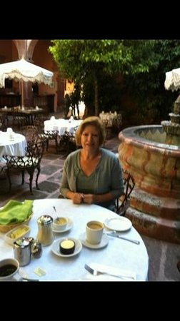 La Felguera: beautiful relaxing and good breakfast