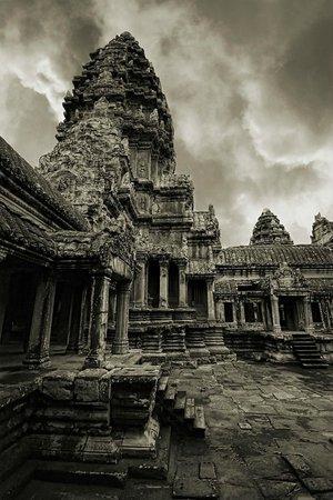 Angkor Wat: Happy at there.
