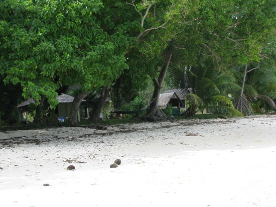 Bokissa Private Island Resort: Fares from beach